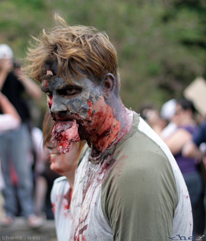 Zombie eating his Makeup